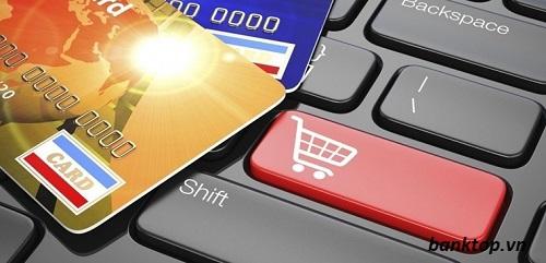 Mua xe trả góp bằng thẻ tín dụng