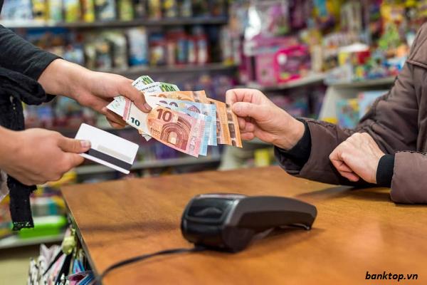 Thẻ tín dụng ngân hàng nào có nhiều ưu đãi