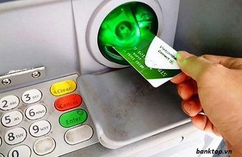 đăng ký sms banking vietcombank tại atm