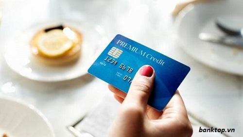Vay bằng thẻ ATM không cần tài sản thế chấp