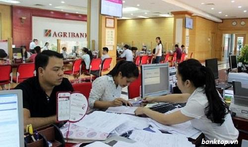 Phí chuyển tiền Agribank quy định bao nhiêu? Cập nhật mới nhất 2