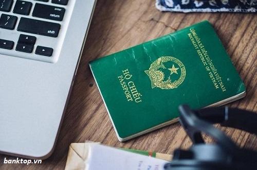 Chuẩn bị thủ tục xin gia hạn hộ chiếu