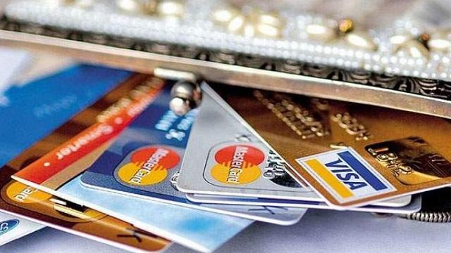Khách hàng lần đầu mở thẻ tín dụng, ngân hàng BIDV sẽ miễn phí khi làm thẻ