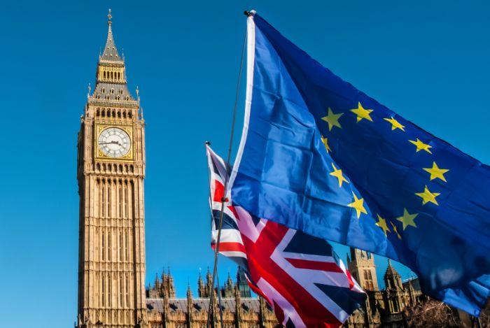 Do tình hình chính trị nước Anh bất ổn dẫn đến sự kiện Brexit