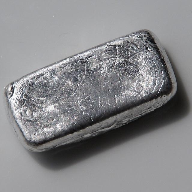 Khối platin nguyên chất