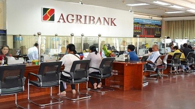 Ra phòng giao dịch ngân hàng Agribank gần nhất đê nhờ hỗ trợ, tư vấn