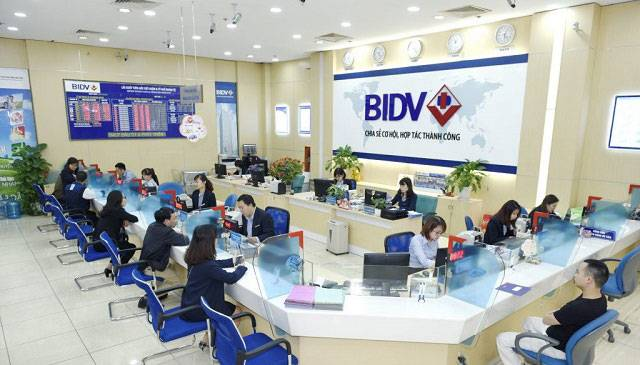 Đến các chi nhánh/PGD của BIDV để hủy sms banking