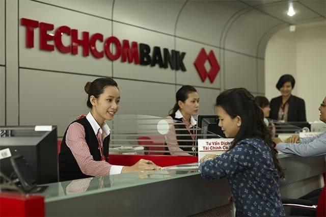 Kiểm tra số dư tài khoản Techcombank tại phòng giao dịch