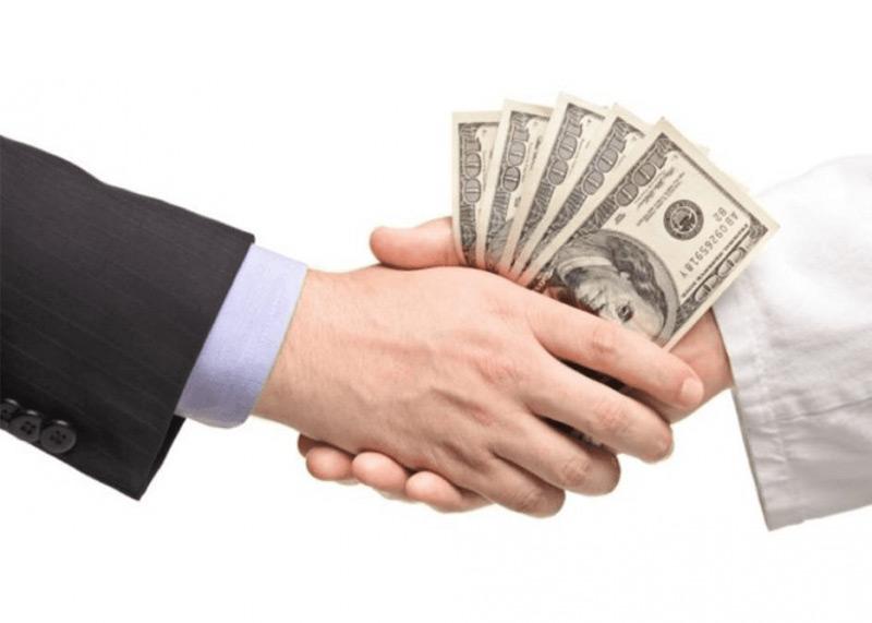 Cho vay tiền ngắn hạn là gì?