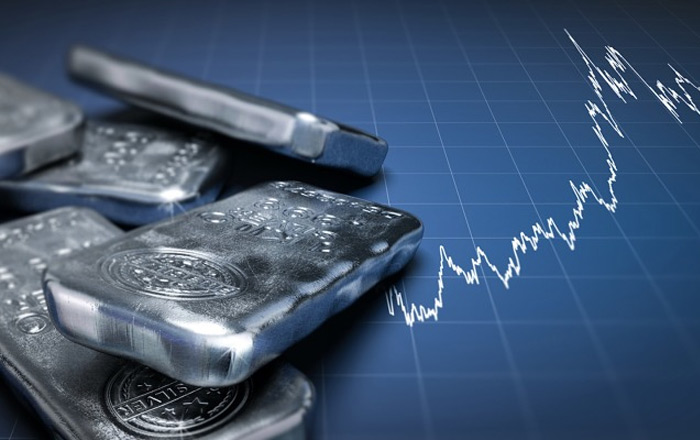 Tình hình giá bạc liên tục thay đổi