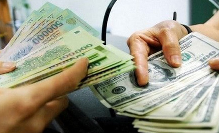 Đổi tiền đô la sang tiền Việt ở đâu uy tín