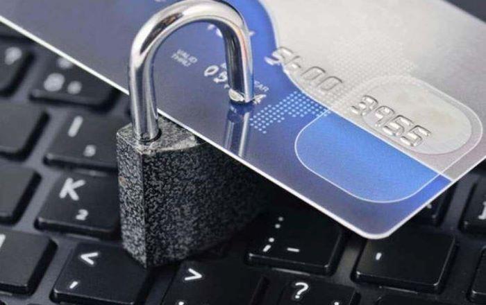 Báo ngân hàng Vietcombank khóa thẻ ngay khi mất thẻ